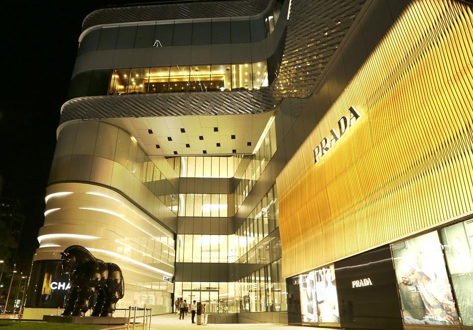 Singapore: Female Luxury Consumer Report 2015